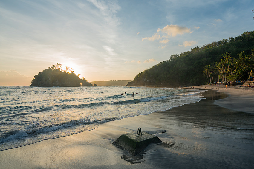 Crystal Bay Beach Sunset Nusa Penida, Bali