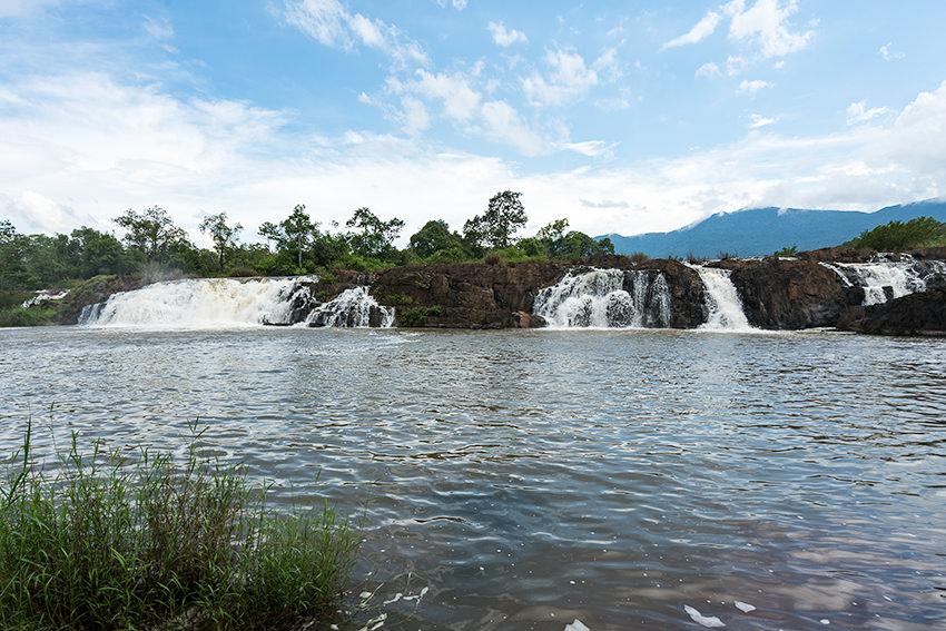 Tad Faek, Laos